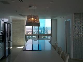 Dreamy Penthouse right on the beach, Netanya
