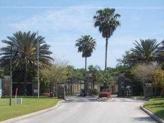 Hawkes Villa, Davenport