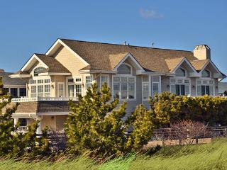 Avalon Beachfront - Perfect Unobstructed views!!