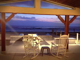 Little Blue Beach House Vacation Rental, Oceanside