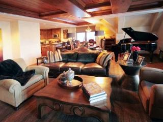 Magnificent 3BR Platinum Rated Ski In/Ski Out Ritz Carlton Penthouse., Beaver Creek