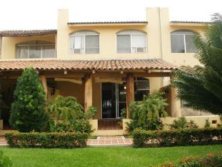 DEAL! Beautiful Villa Ixtapa for Rent