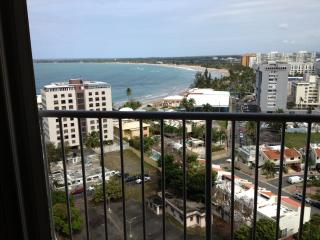Isla Verde Beachfront 15th Floor Spectacular View, Carolina