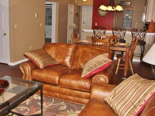 2B/2B Branson MO Condo  Golf View  Near Clubhouse