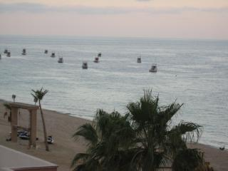 1 Bedroom 2 Bath Beachfront condo on the Sea of Cortez., Los Barriles