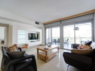 New Luxury 4 Rooms Close to the Beach, Tel Aviv