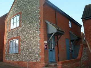 21149 - Avocet Apartment, Warham