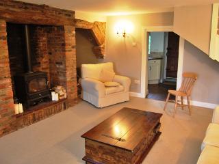 30089 - Tom's Cottage, Heacham