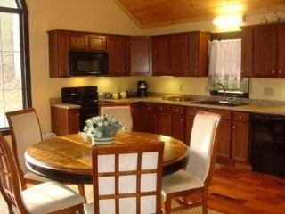 Dine free and easy in the open kitchen dinning room area. Say the blessing and count your blessings.