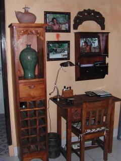 Desk & Computer Table