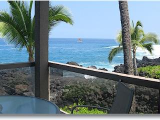 Surf & Racquet 1201 2/2 oceanfront NO BOOKING FEE, Kailua-Kona