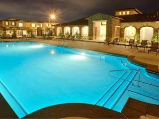 Las Vegas Getaway! New Listing Special Deals!, Henderson
