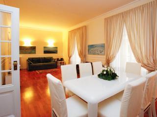 Cavour Square Prestige Apartment, Rome