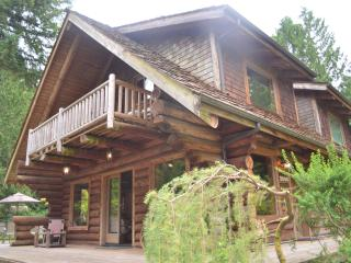 Enjoy Log cabin and the North West!, Redmond