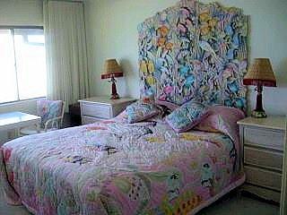 Grote slaapkamer met Kingsize Bed