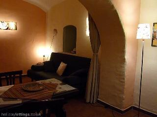 Trastevere: confortable, quiet apartment