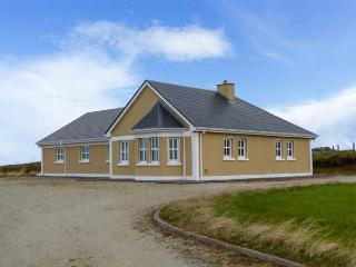 BALLYCROY PLACE, single-storey, all bedrooms have en-suites, open fire, sea views, near Ballycroy, Ref 29257, Doohooma