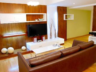 Spacious 3 Bedroom Apartment in Recoleta, Buenos Aires