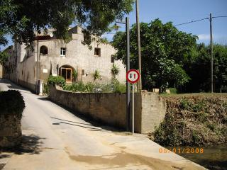 Rustic XV11 Catalan Farmhouse near Figueres.