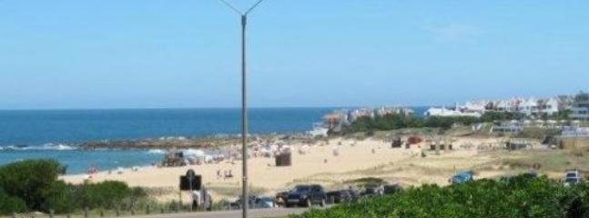 A metros de Playa Montoya