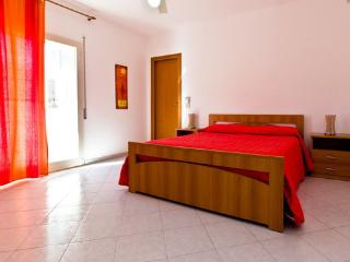 Comfortable with balcony Sea view, Parking & Wi-Fi, Marsala