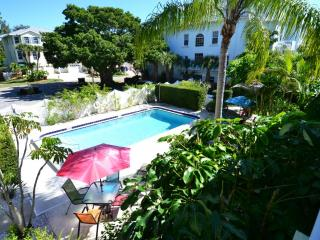 Gertrude Twin Banyan - Pool, Beach, Village, Siesta Key