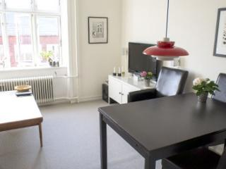 Lovely Copenhagen apartment at Lergravsparken metro, Copenhague