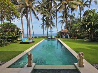 Villa Samudra Luxury Beachfront, Ketewel