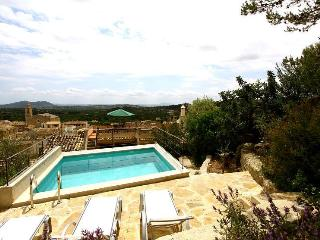 House with pool in the mountains (Caimari)