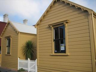 Inner City Cottage, Wellington
