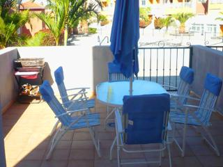 Apartment To 5 Meters Pool In Tenerife, 20 Minutes, Santa Cruz de Tenerife