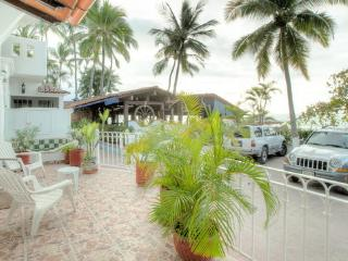 Marvelous Beachfront Condo @ Conchas Chinas Beach