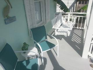 Beachside, Beachview, Wi-Fi, Off-Street Parking, Sleeps 6