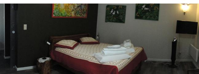 Butterfly Room Double bed