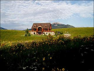 Magnificent Mountaintop Retreat - Breathtaking Panoramic Views (1378), Crested Butte