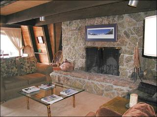 Spacious, Pet-Friendly Home - Rustic Furnishings & Finishes (1390), Crested Butte