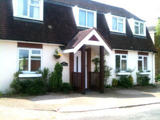 Self contained, quiet  B&B lodge near Cambridge, Cambridgeshire