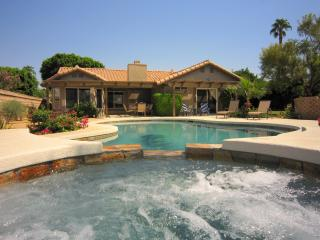 S/W facing PRIVATE POOL & SPA w/mountain views, La Quinta