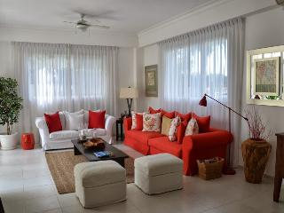 Gorgeous Beach Apartment at Club Hemingway, Juan Dolio