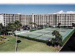Building & Tennis Courts