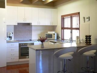 """Tea Tree"" kitchen"