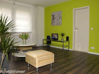 Experience Berlin in Beautiful 1 Bedroom Cottage