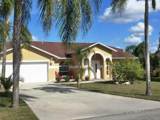SELINA HOME ; 3 1/2 Bedroom Pool Home in Bonita Springs, FL 34135