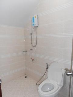 bathroom downstair