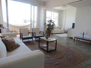 Apartment Barra, Salvador, Bahia, Brazil (150 mts from the beach), Cabaceiras do Paraguacu