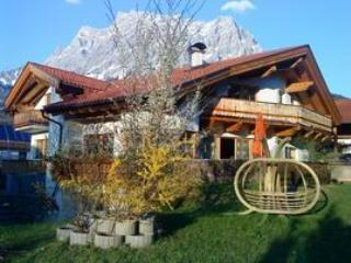 VILLA ORKA Holiday apartment in Ehrwald