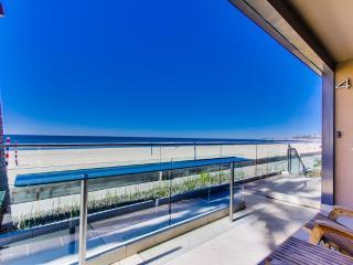 ***Amazing OCEAN FRONT Getaway***, San Diego