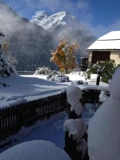 Impression of Guadra village during winter time.