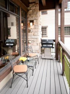 Balcony Overlooking the Ski Slope with Natural Gas BBQ