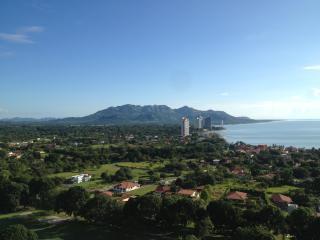 Coronado Golf, New Luxury Condo with Spectacular M, Playa Coronado